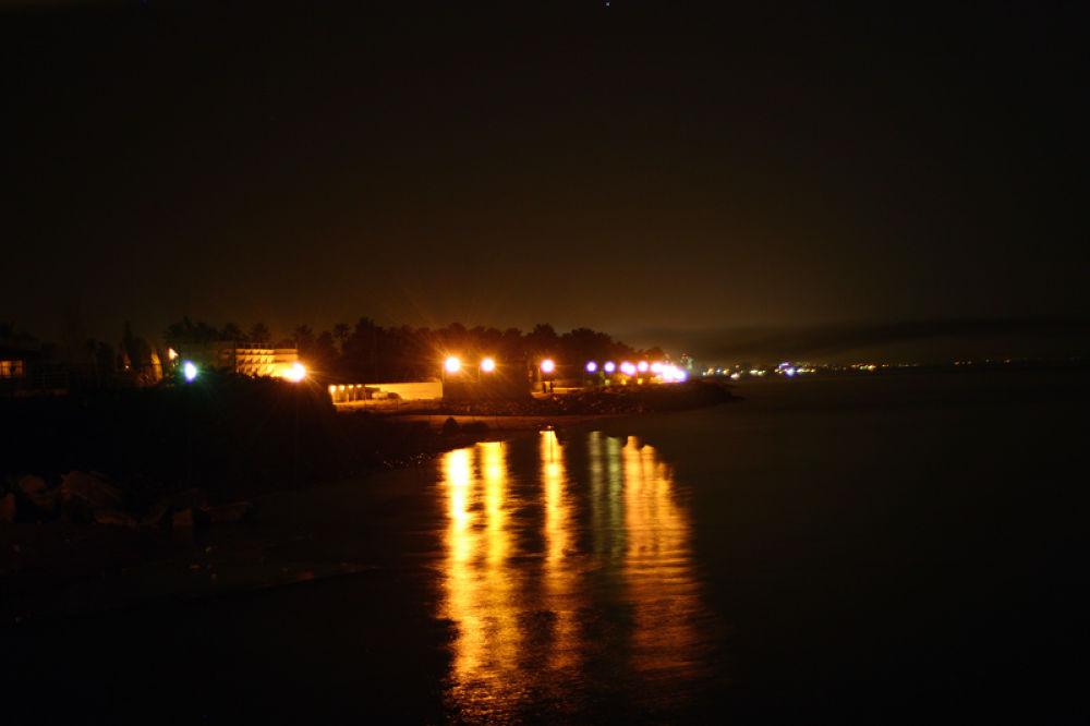 Yellow night by sahoora83