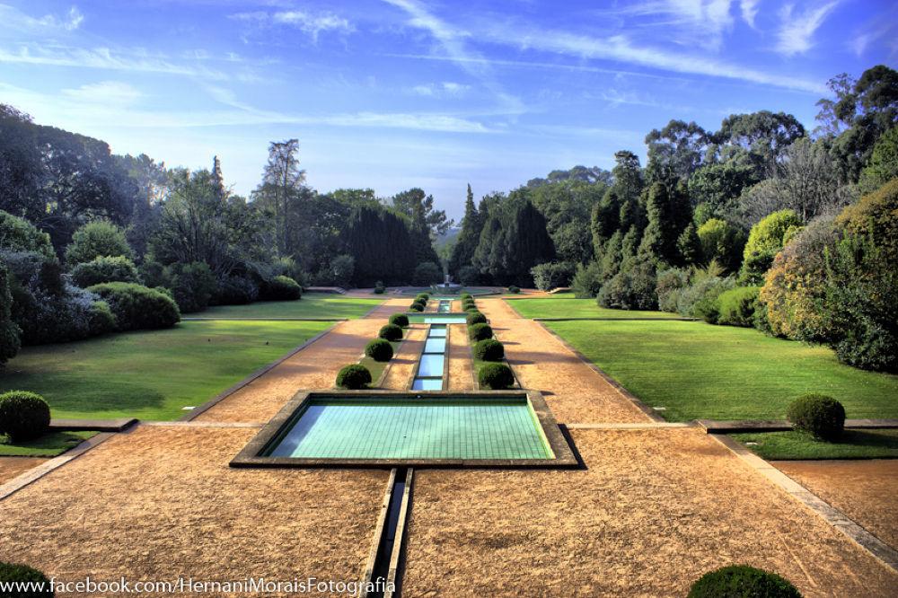 Serralves Garden in Oporto city by hernanimorais5