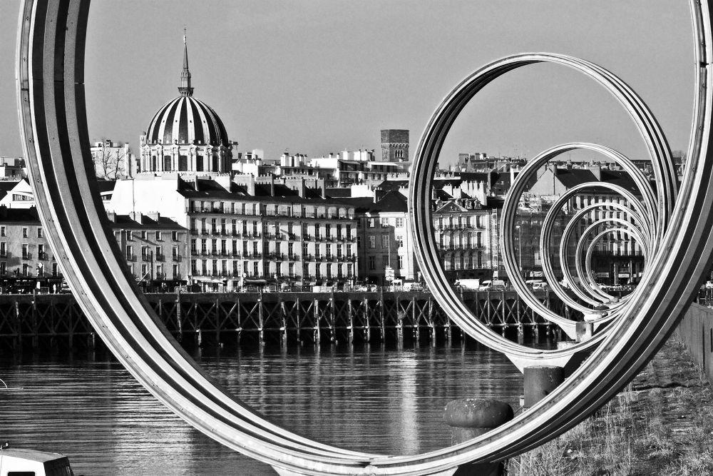 Rings of Memory / Daniel Buren / Nantes - France by eugfav