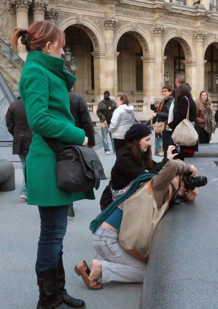 Photographer / Paris Louvre by eugfav
