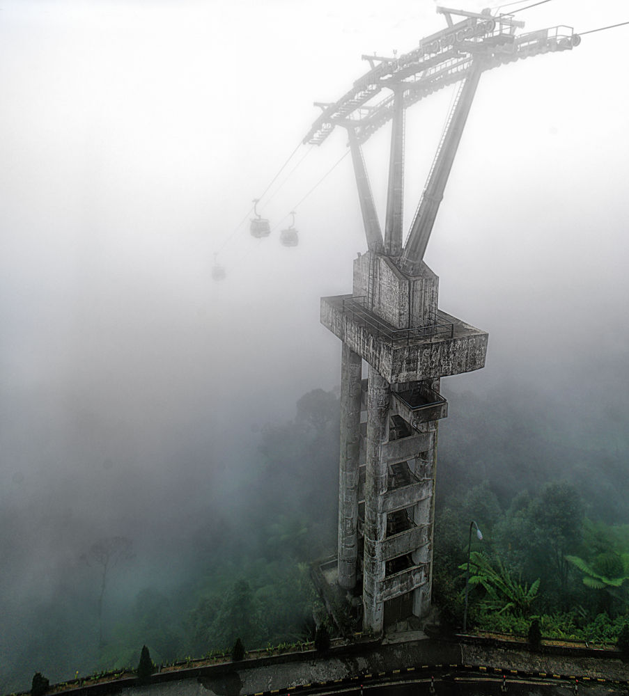 Misty Skyway by YzsVernon