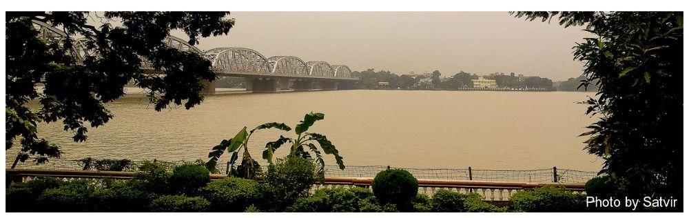 Ganga (Kolkata) by satvirmalhotra