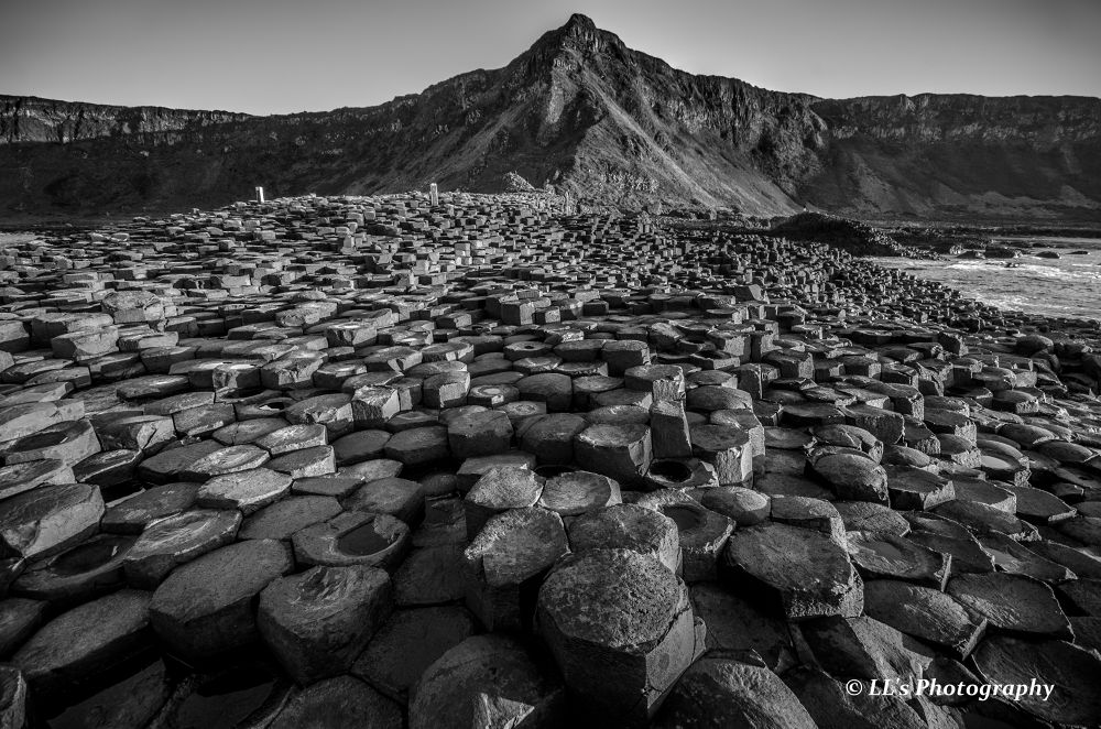 Natural wonder - The Giant's Causeway by Leonard Loh