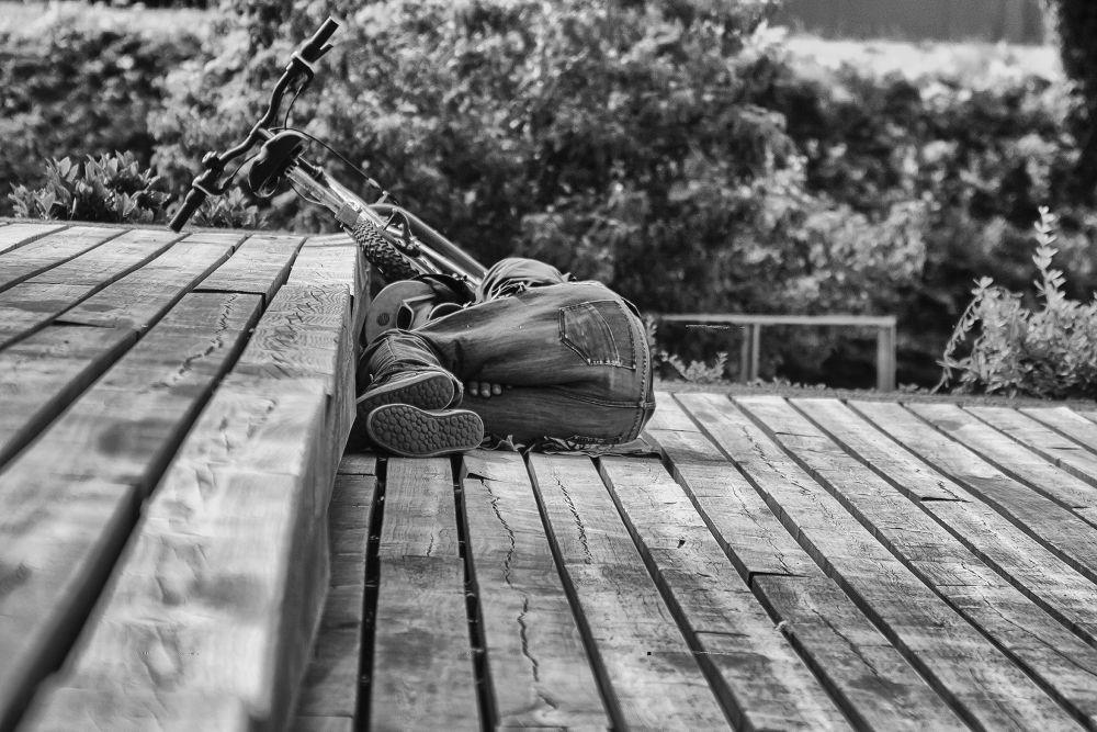hangover by fotobluzz