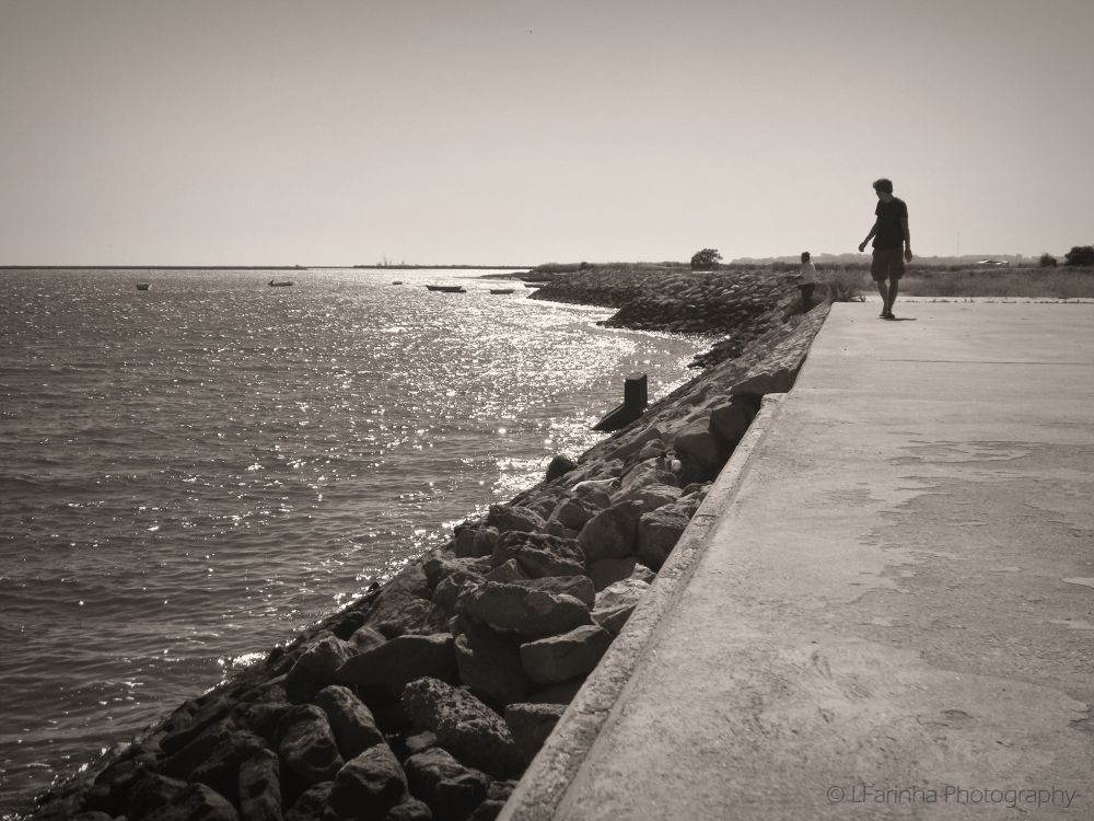 But don't look back in anger! by LFarinha Photography