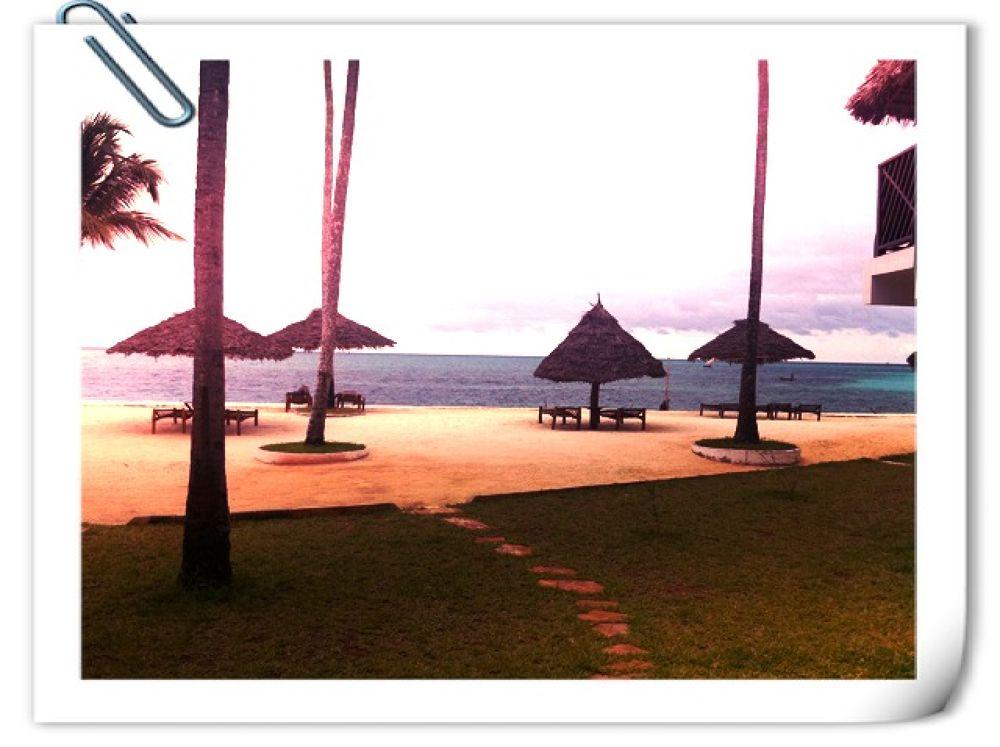 Hilton Resort / Nungwi / Zanzibar by Mats H. Andersson