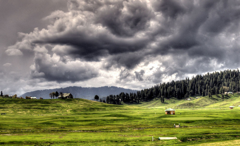 Photo in Landscape #gulmarg kashmir cloudy landsca
