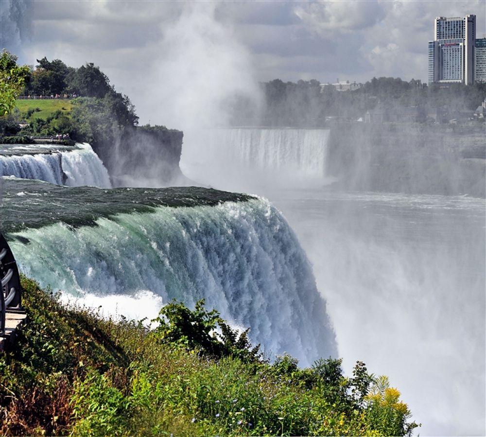 Niagara2 by renae