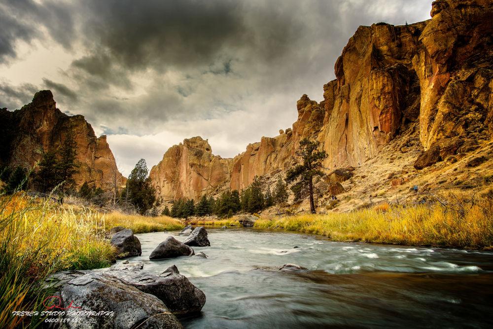 Wild river by gerardrotse