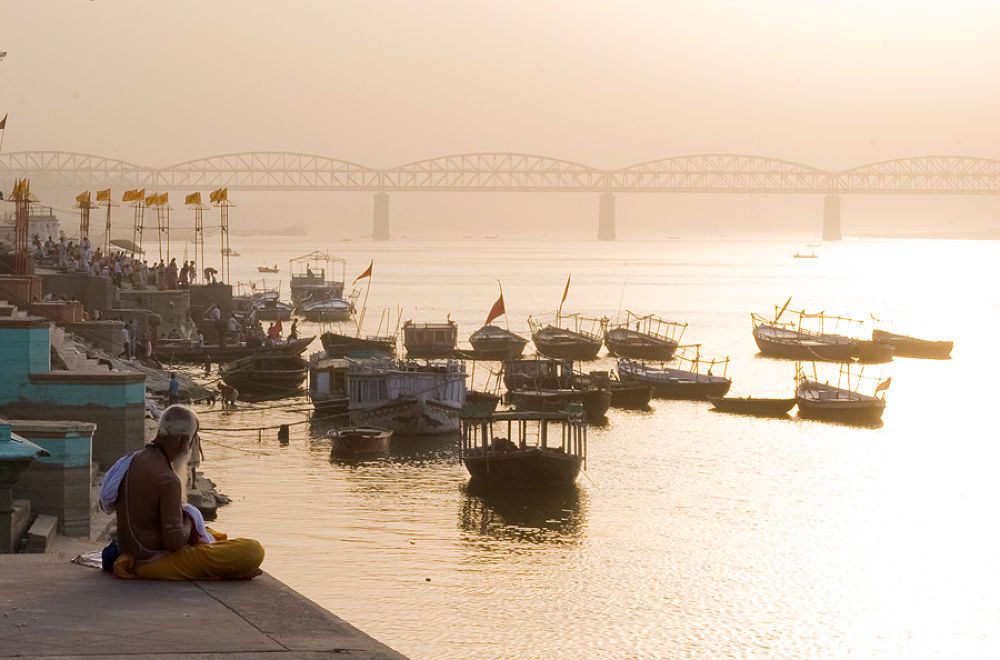morning on the ghats by santoshkpandey18