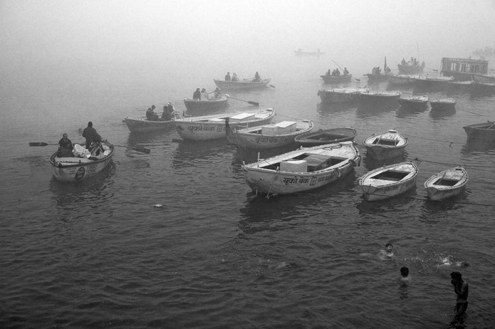 ganga in fog by santoshkpandey18