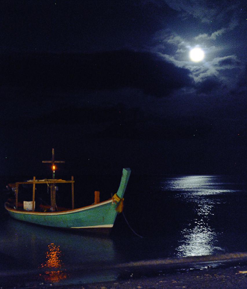 Koh Phangan Full Moon, Thailand. www.davidperea.com  by davidperea
