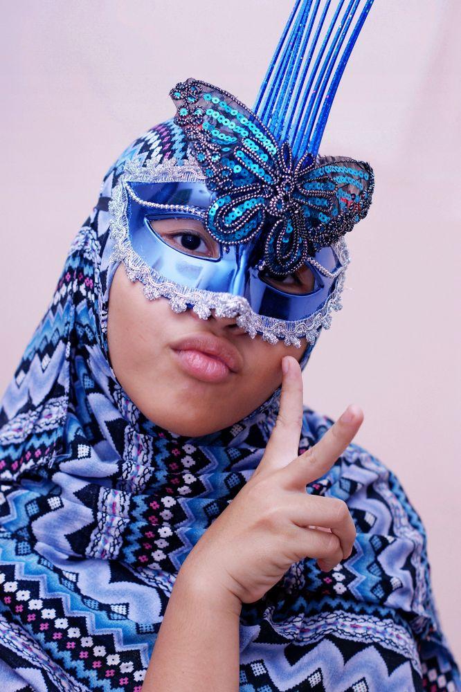 my girl behind the mask by dzulkarnainahmad