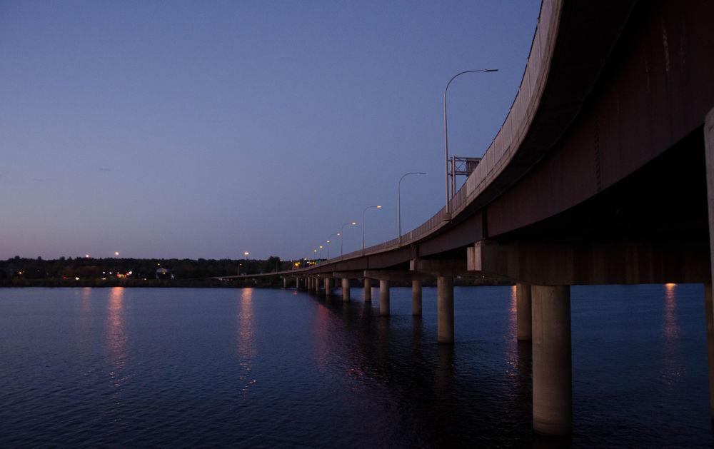 sun set at fredericton NB CANADA by sammywongpun