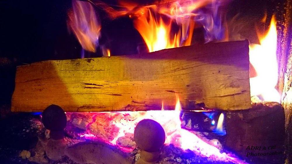 fire by ADRI & CRI Photographies