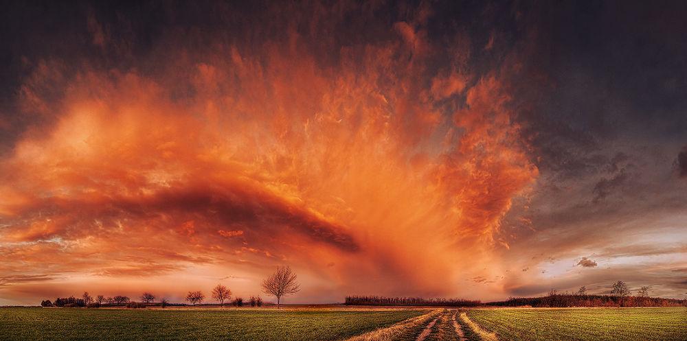 Hungarian skies pt.XI. by Zsolt Zsigmond