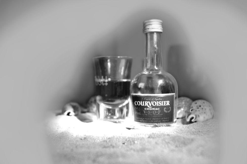 Drunk Eye Corner by Mainmariner