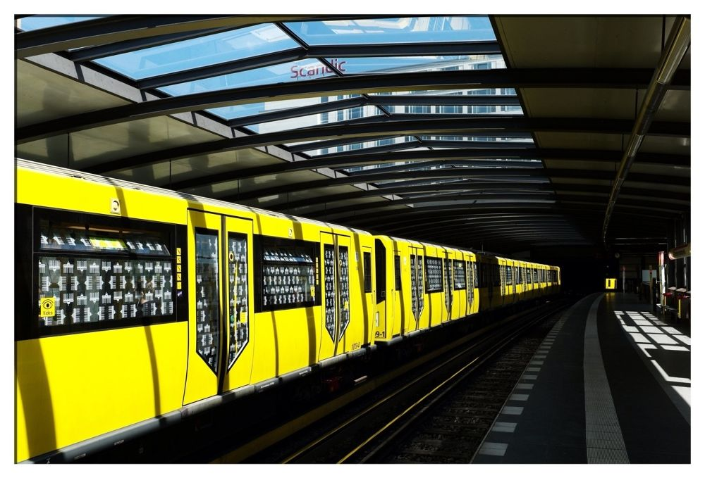 Yellow train by Paak Haas