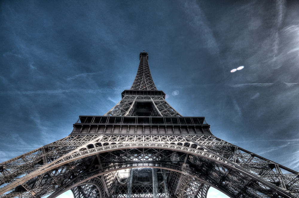 The Eiffel Tower by saurabhsakhuja7