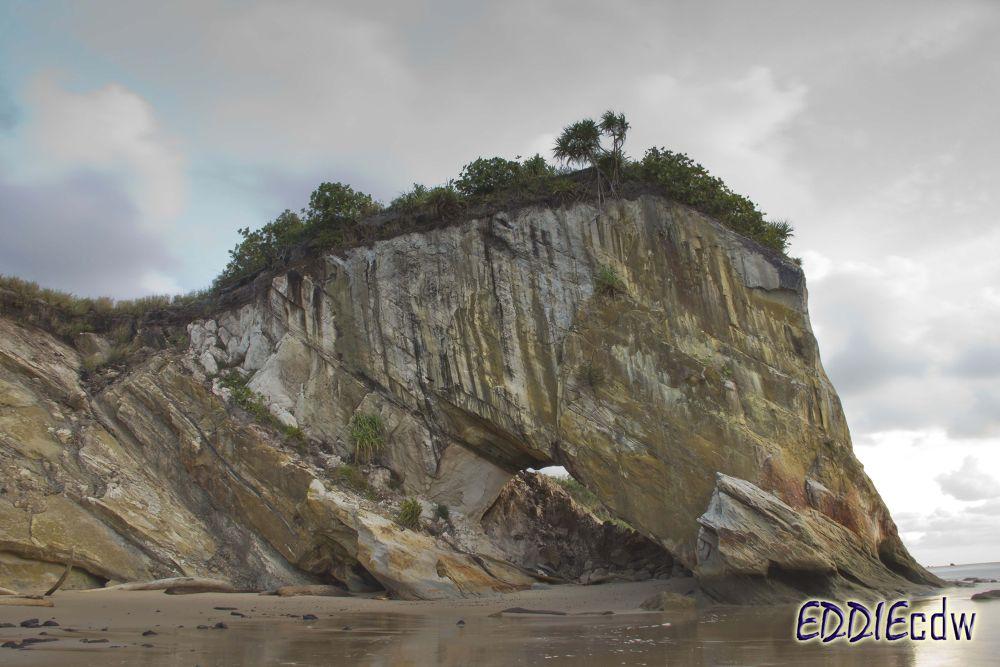 Cliff by EddieCDW