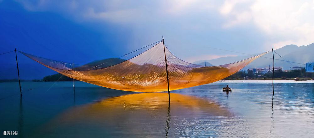 Cất rớ nắng vàng. by htuan75