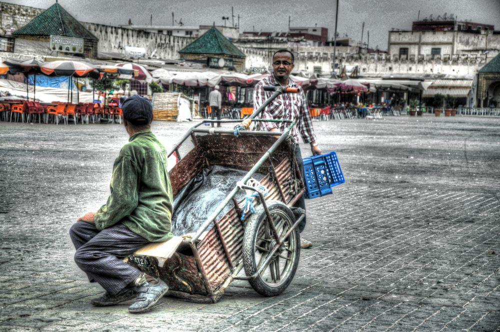 Action contre la pauvreté  by Simo Tabtaoui