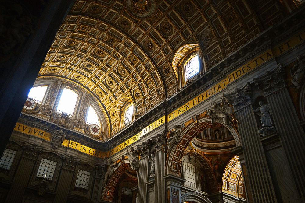 Basílica di San Pietro by Jimmy Duarte