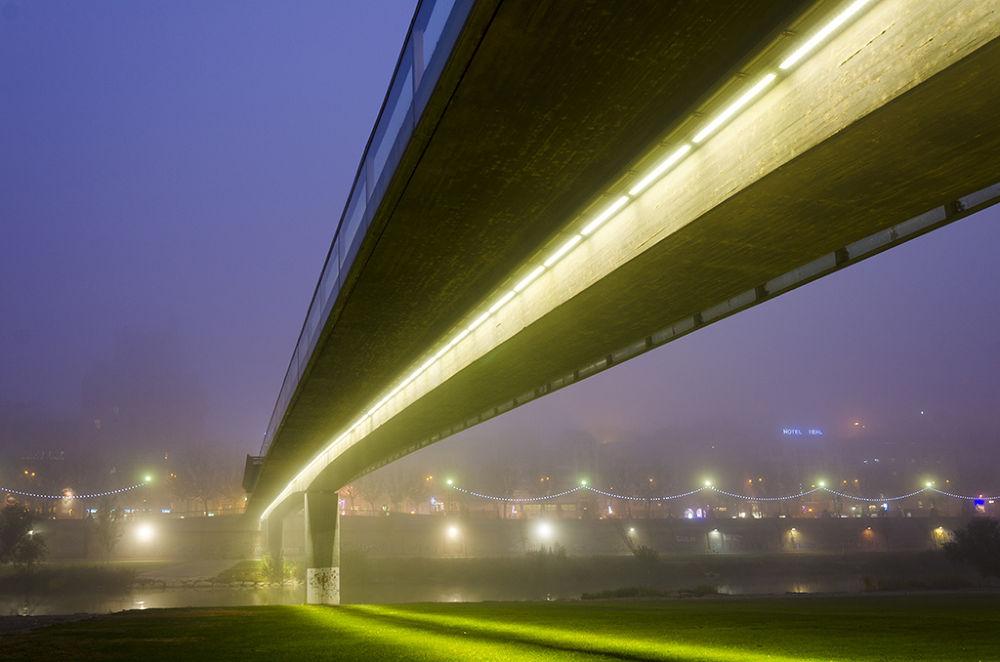 Niebla by José Alba