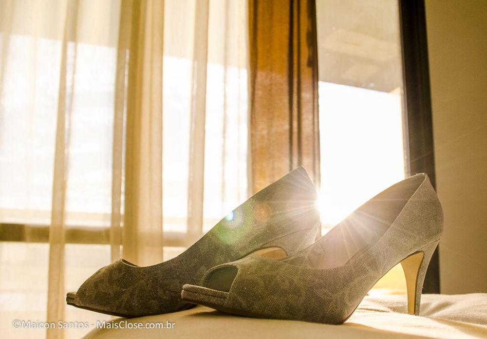 Shoe Bride by Maicon Santos