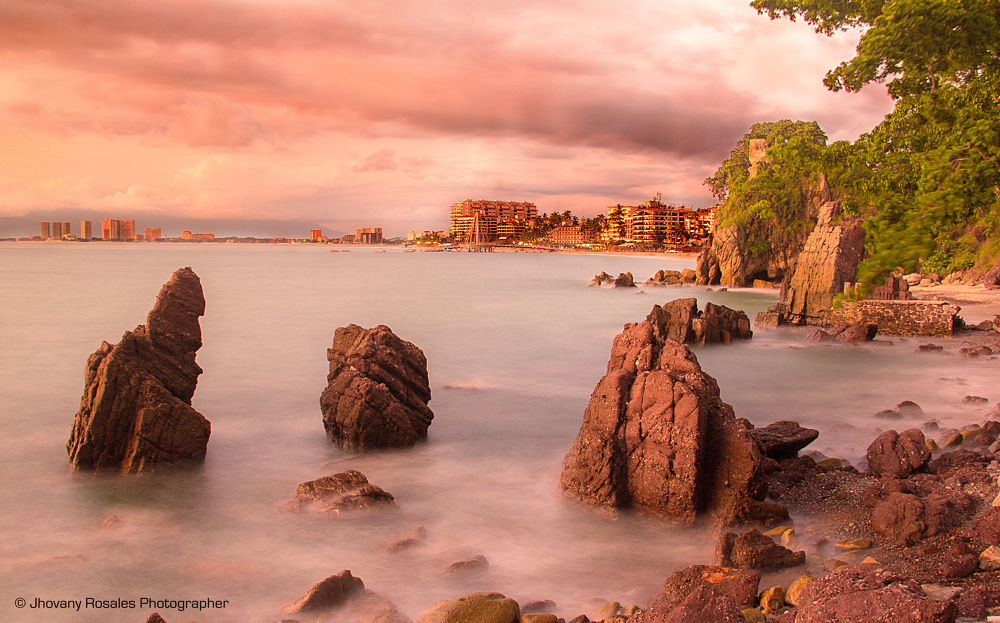 big rocks on the beach by Jhovany Rosales
