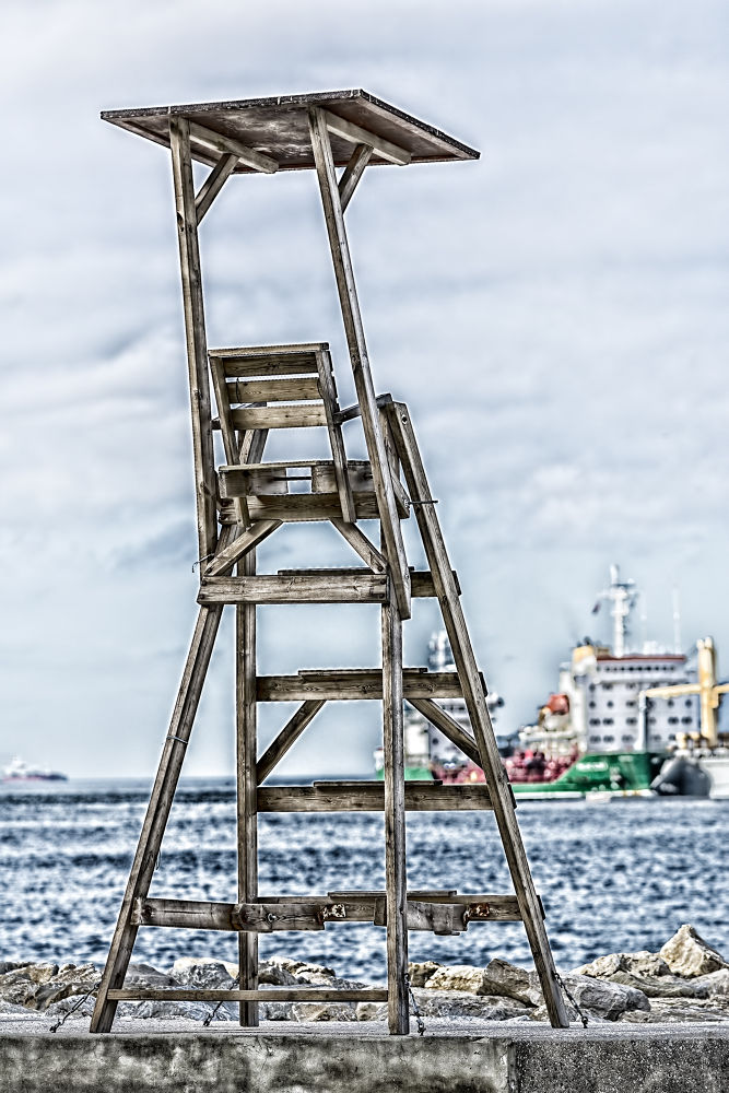 Perch by AlanG