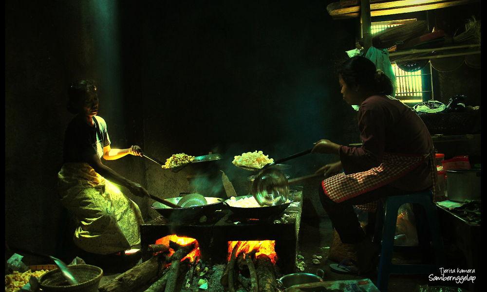 Photo in Random #indonesia #kitchen #nature #village #rural #human #culture