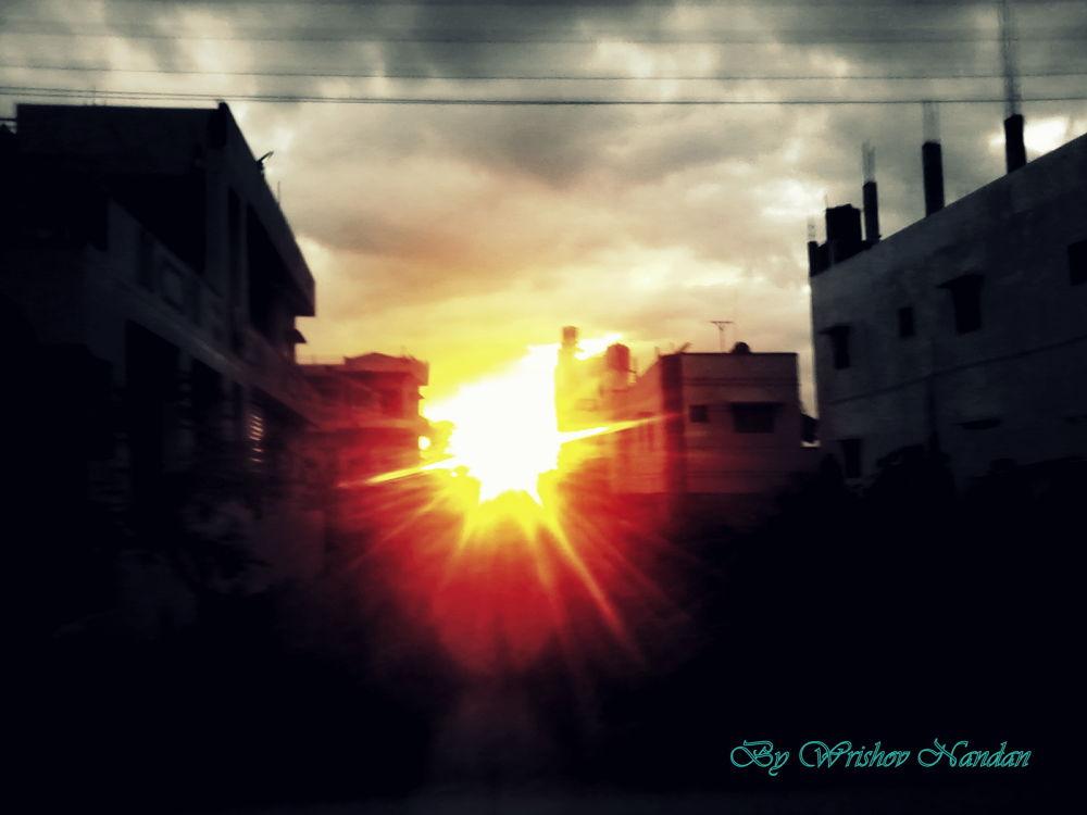Versatile Sunset by wrishovnandan