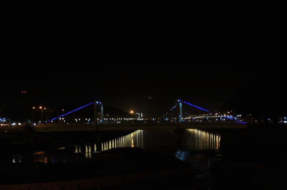 Lemah Gempal Bridge at Night by REOG BIYAN