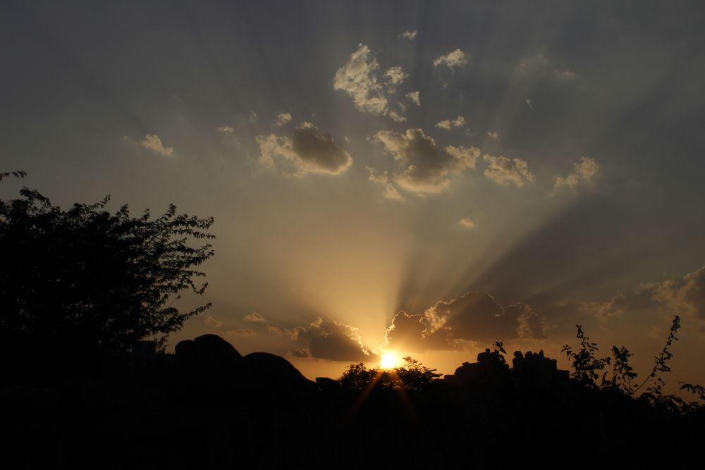 sun set sky by karunakarvang