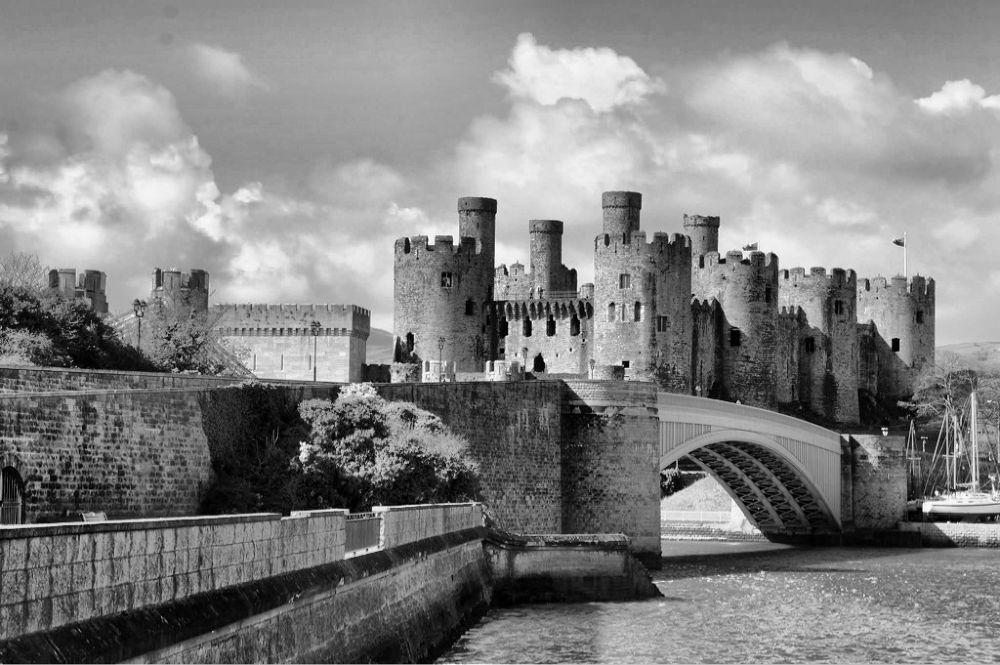 Conwy Castle, Wales, uk by chickp66
