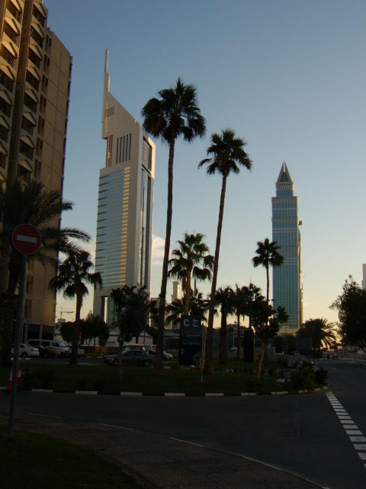 Dubai by chickp66