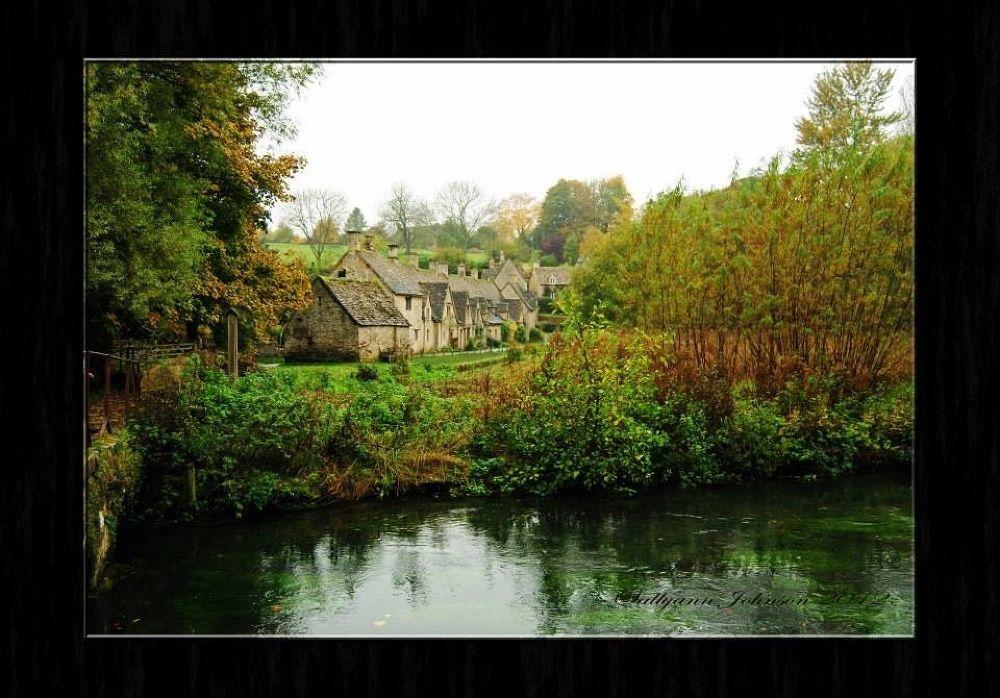 Arlington Row, famous 17thCentury Weaver's Cottages Bibury UK by sallyjohnson31586526