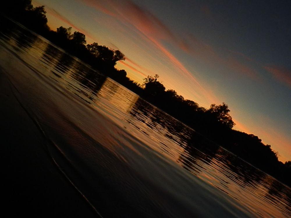 Photo in Random #youpic #river #water #sky #trees #sunset #sun #sacramento #sacramentoriver