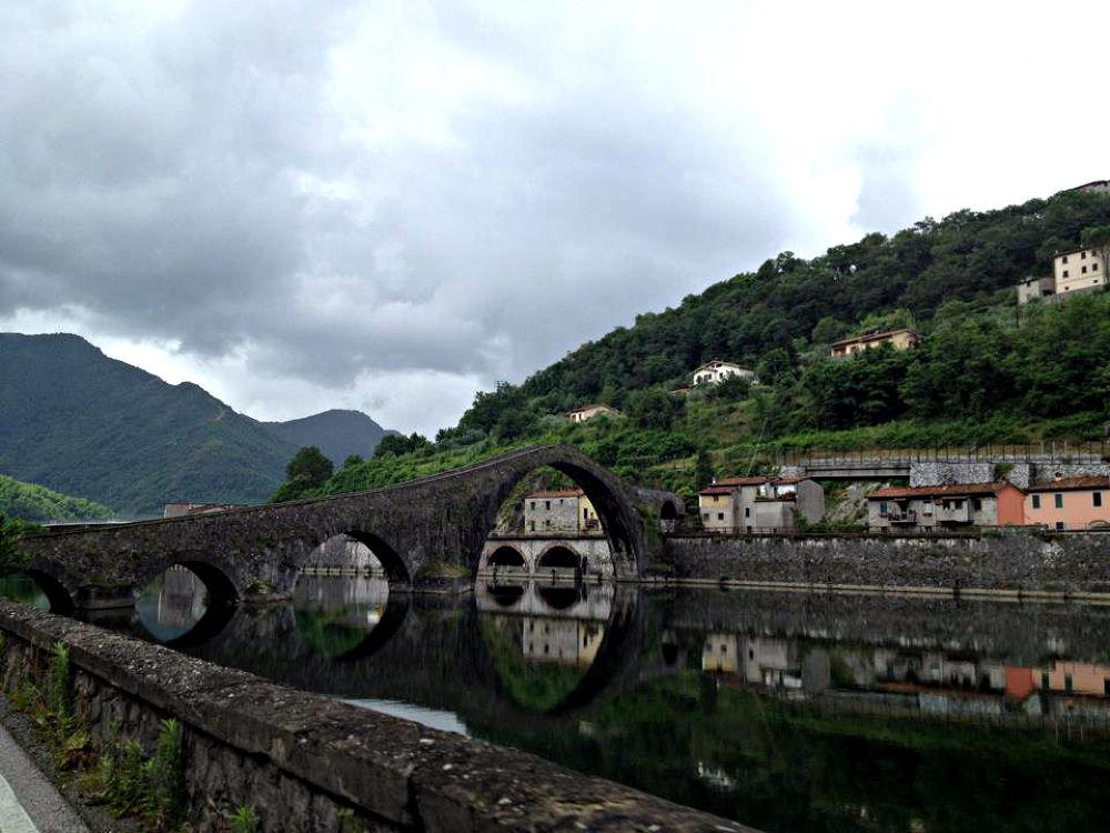 Italy Bridge by RayKennedyFIS