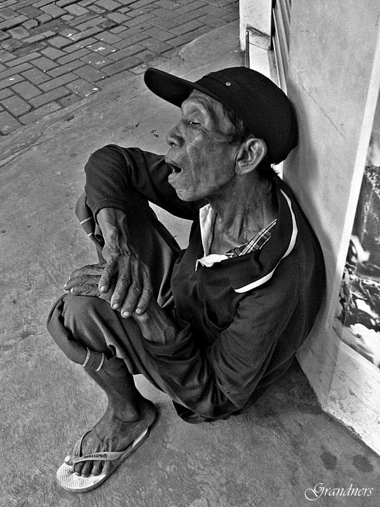 street portraits by suhartono