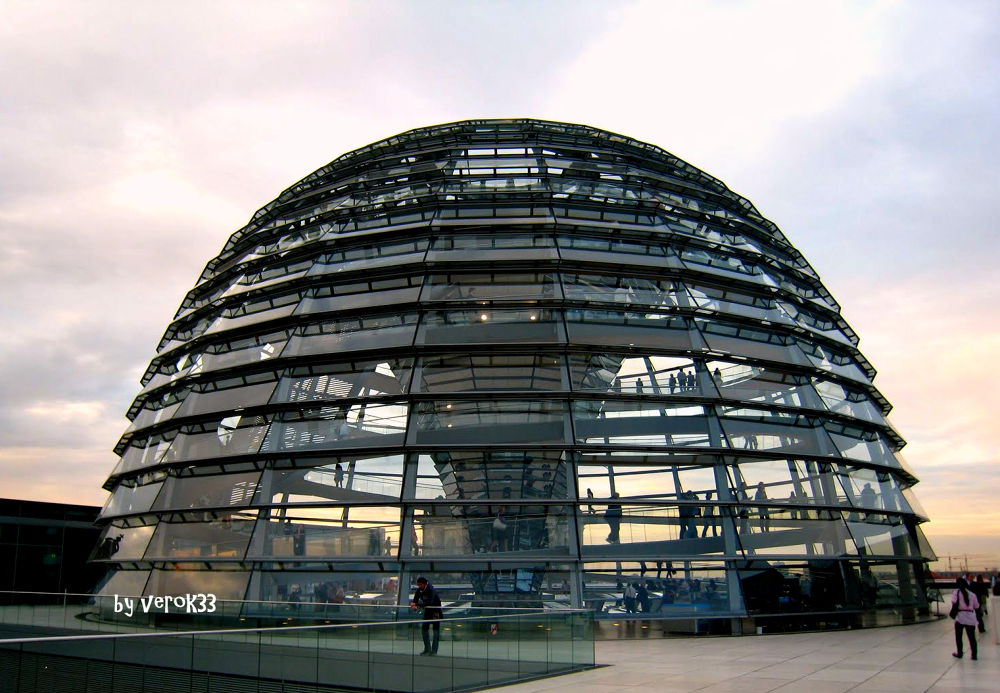 Dome of Reichstag in Berlin by verok33