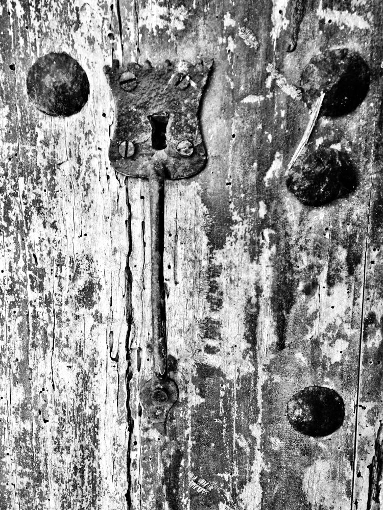 Photo in Black and White #blanc i negre #porta #door #blanco y negro