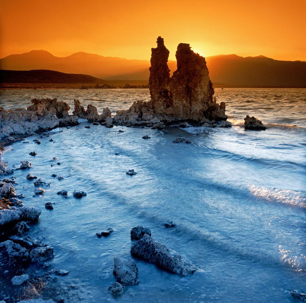 Faded Fire  (Mono Lake) by raymond marlow
