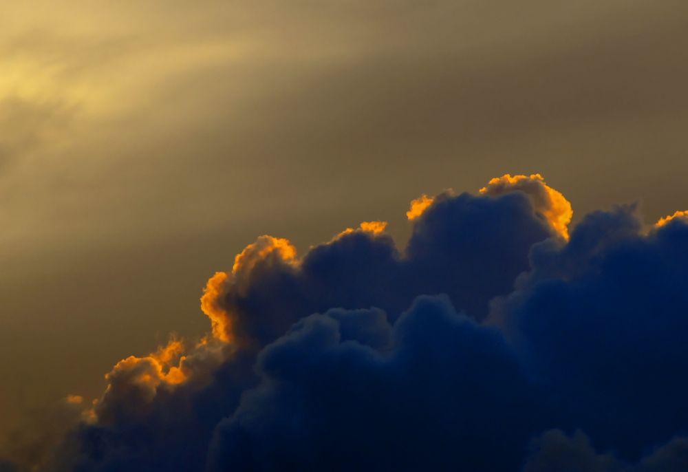 _DSC6119_ clouds  by pawel2reklewski