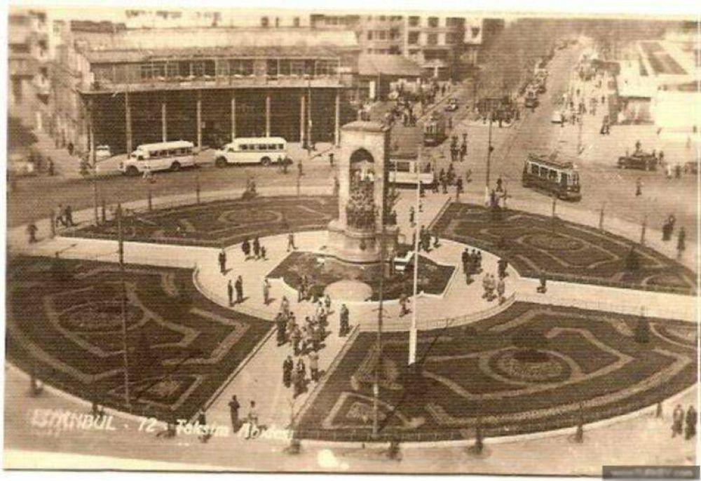 taksim meydani 1946 by tropikyasam