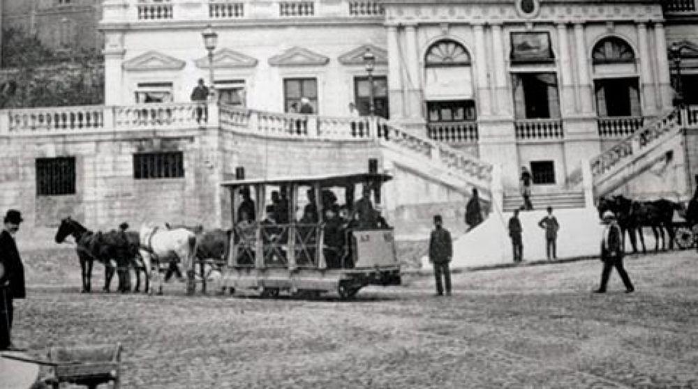 sirketi hayriye Azakapi-Besiktas 1871 ist_tramvay_2 by tropikyasam