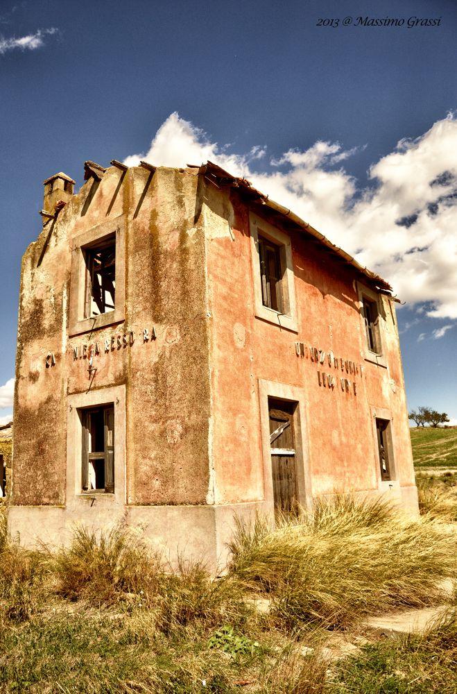 Vecchia stazione di Dittaino by maxgrassi71