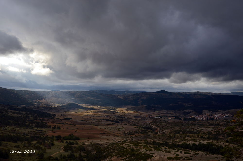 Vista de Frías de Albarracín by carlos