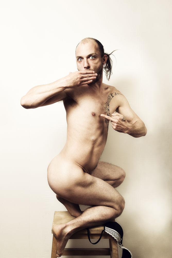 """""""Boobies"""" Je dédicace cette photo a toutes les femmes a qui on censure les pauvres tétons by Denaës Pierre"""